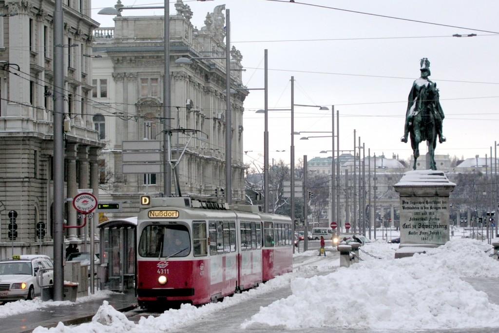 Neve durante o inverno em Viena, em tempos de frios mais extremos a cidade chega a ter uma temperatura de -2 ͦ c negativos .