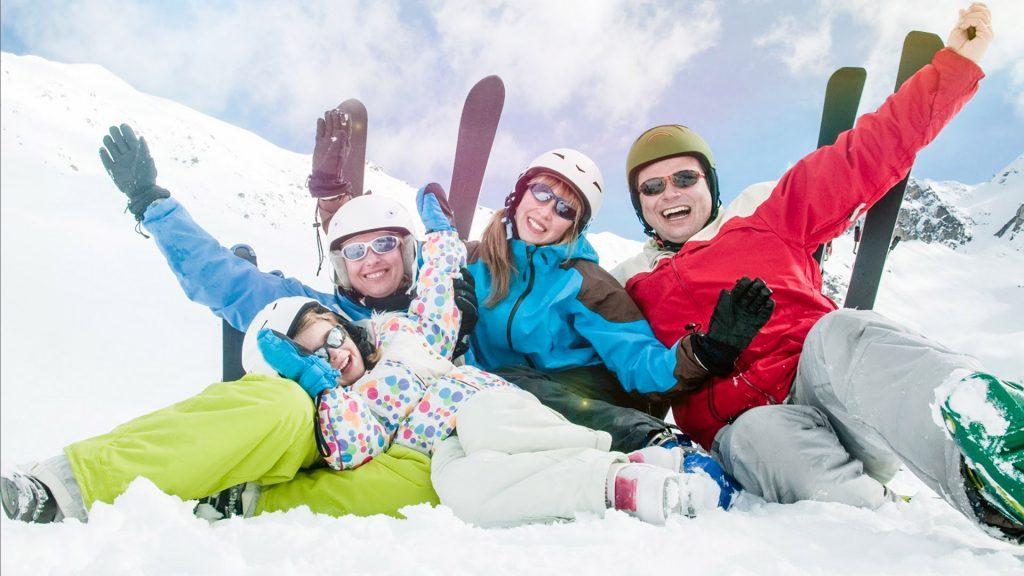 As atividades na neve são ótimas para quem pretende dar uma esticadinha nas férias e se aventurar.