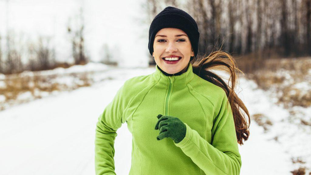 A segunda pele tem a finalidade de ser vestida por baixo de qualquer outra roupa, garantindo que o calor do corpo não dissipe.