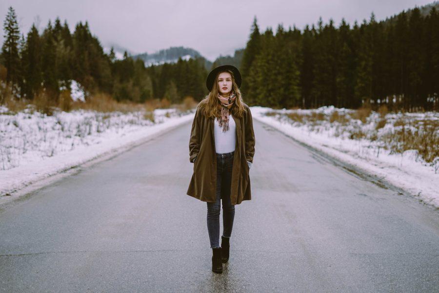 Aprenda a Montar Looks com Casaco de Lã nos Dias Frios